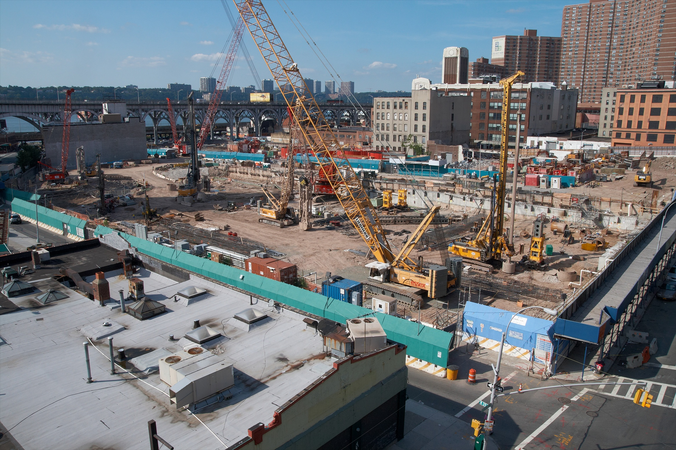 Construction_site_NW_of_the_Broadway_and_W_129th_St_intersection,_Manhattan copy